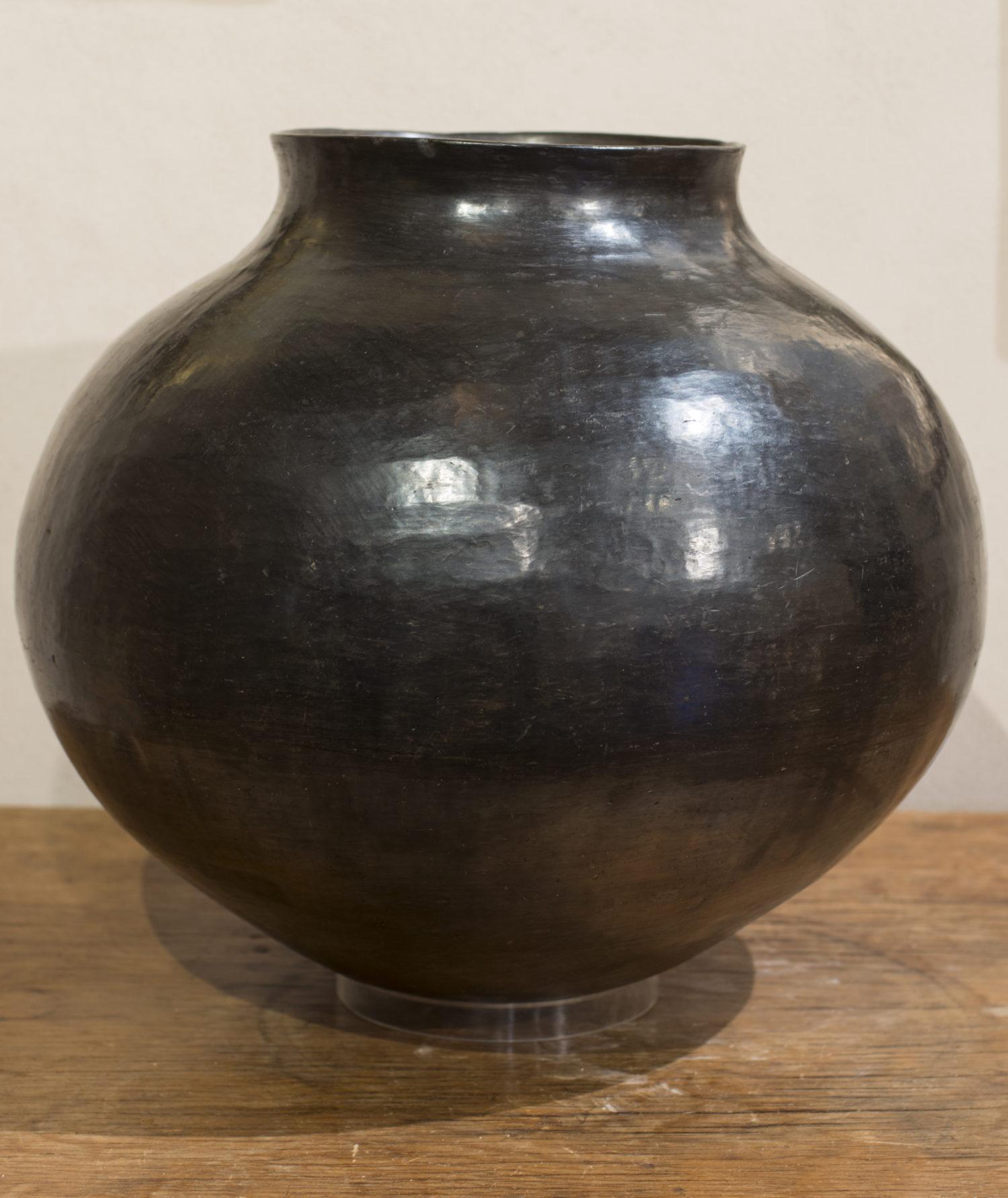 San Juan Olla (Blackware)
